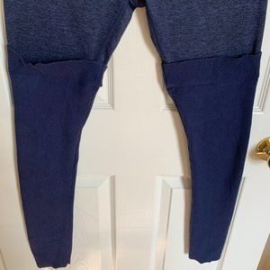 Navy blue flecked aerie leggings with attached knit leg warmers size L